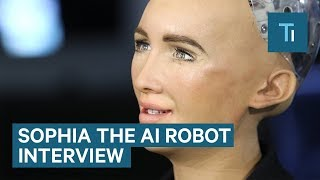 Video We Talked To Sophia — The AI Robot That Once Said It Would 'Destroy Humans' MP3, 3GP, MP4, WEBM, AVI, FLV Agustus 2018