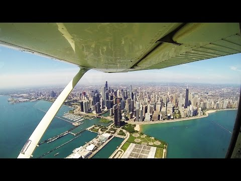 Chicago Skyline From The Air | Cessna 172 | ATC Audio