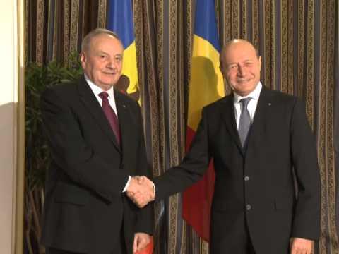 Președintele Republicii Moldova, Nicolae Timofti, a avut o întrevedere cu omologul său român, Traian Băsescu