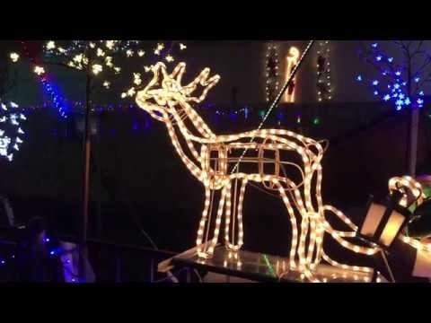 Das wohl verrückteste Weihnachtshaus in Ungarn