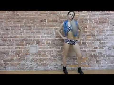 Video White Girl Bubble Butt Twerk download in MP3, 3GP, MP4, WEBM, AVI, FLV January 2017