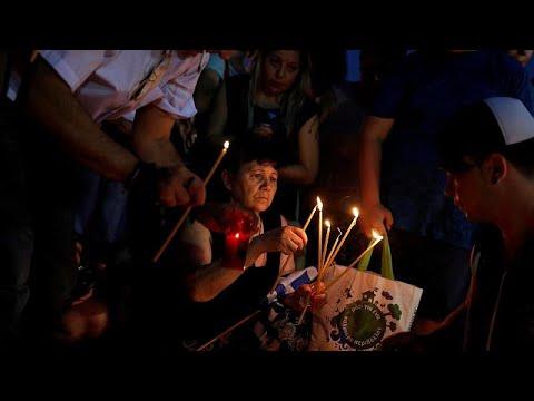 Αθήνα: Κατάνυξη στη μνήμη των νεκρών της πυρκαγιάς