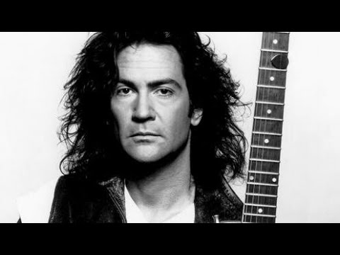 The Music Industry's War On Billy Squier