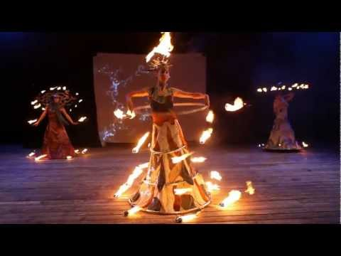 Magma Firetheater: LAVA - Fire Costumes Show (видео)