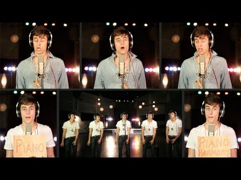 a cappella - Rolling In The Deep - A Cappella Cover - Adele - Mike Tompkins - Beatbox This version is available on iTunes: http://bit.ly/mx0ydK http://mike-tompkins.com h...