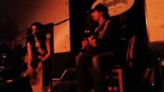"""Jason Mraz and Mona Tavakoli - """"I'm Yours"""" - Stronghold, Venice, CA 4/5/10"""