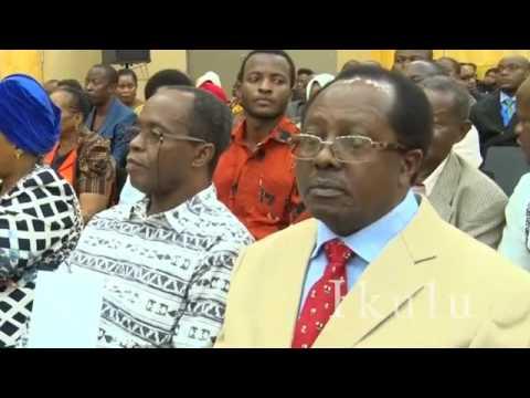 Tume yakabidhi Ripoti ya Uchaguzi Mkuu wa 2015 kwa Mh Rais Dkt John Pombe Magufuli