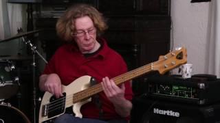 Download Lagu Bass Files #10 Shergold Marathon Bass played live by David Greenaway. Mp3