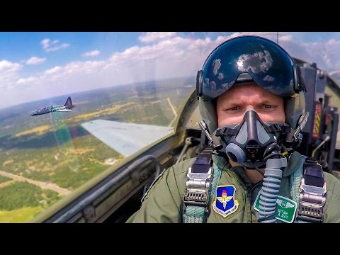 Smarter Every Day - FEELING THE FORCES OF A FIGHTER JET