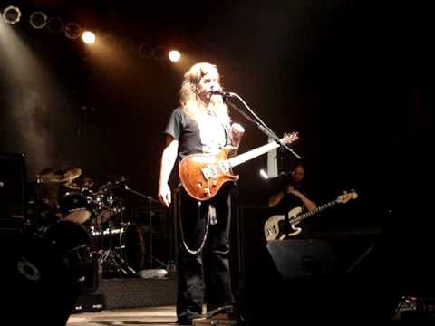 Opeth – Mikael introduces band and sings like Christina Aguilera, Omaha, NE