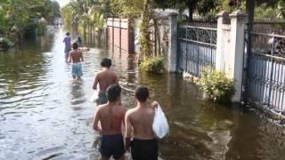 Bangkok Flood 2011 Soi Phetkasem 79