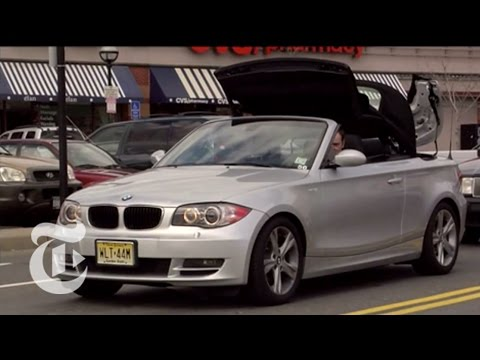 One of the first BMW 128i convertible reviews