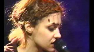 """Fiona Apple """"Never is a Promise"""" (1998)"""