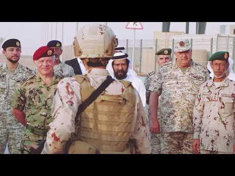 ضابط اماراتي يرحب بجلالة الملك عبدالله
