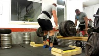Grip training 300 kg double overhand - no hook grip or straps