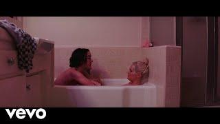 Nonton Tove Lo - Blue Lips (Short Film) Film Subtitle Indonesia Streaming Movie Download