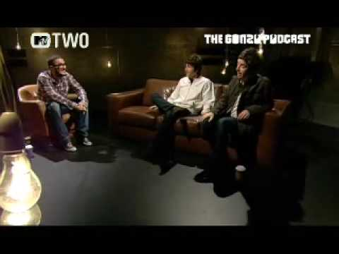 Gem Archer - Zane Lowe Interviews The Two Oasis Guitarist's (Noel & Gem), As They Talk About Computers, Ipods, Their Taste In Music And Loads More!!