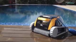 time4wellness zeigt: Der Dolphin E 20 ist der Roboter Ihrer Träume mit einem erschwinglichen Preis. Dieser leichtgewichtiger, kleiner Roboter ist ideal für alle Arten von kleinen Schwimmbädern.► Zum Produkt: https://www.time4wellness.de/dolphin-e20-poolsauger-poolroboter.html» Dolphin «Es gibt niemanden, der sich so gut mit Schwimmbadreinigungs-Robotern auskennt wie Maytronics – die Firma, die hinter den branchenführenden Dolphin-Robotern steht. Seit mehr als 30 Jahren entwickeln wir auf Robotern basierende Schwimmbadreinigungs-Lösungen für Schwimmbäder auf der ganzen Welt.» Sie finden uns auch bei «► Online-Shop: http://www.time4wellness.de► Facebook: https://www.facebook.com/time4wellness► Google+: https://google.com/+Time4wellnessDe-info► Youtube: https://www.youtube.com/time4wellnesstv► Twitter:► Instagram: