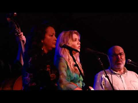 Down To The RIver To Pray Alison Krauss Live Williamsburg Virginia June 22 2018