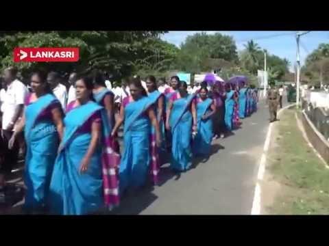 Manmunai-North-Divisional-Secretariat-Officers-demonstration