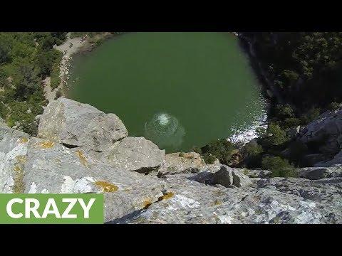 Uimahyppy 34 metristä veteen – Huh huh
