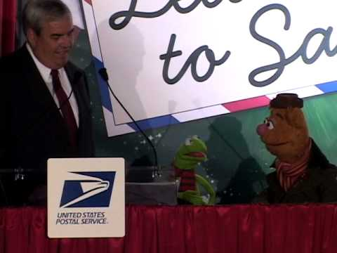 U.S. Postal Service and the Muppets Kick Off Holiday Mailing Season
