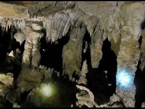 แหล่งท่องเเที่ยวถ้ำกองลอ Kong Lor Cave it beautiful (видео)