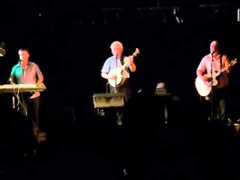 The Blackbird, Wild Rover, Dicey Riley, 40 Shades of Green performed by the Dublin City Ramblers