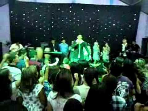 banda ungidos em carius show com felipão