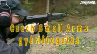 A csehországi Jablunkában jártunk, ahol a CSA (Czech Small Arms) nevű fegyvergyár működik. Ők félautomata (és ismétlő) Vz.58 (7,62x39 mm, 5,56x45 mm, .222 Rem.) fegyvereket, valamint Vz.61 Skorpion bázisú félautomata pisztolyokat és karabélyokat (7,65 mm Browning, 9 mm Br. Short, 9x18 Makarov, 9 mm PAK, 9 mm PA Rubber, .22 LR) gyártanak.A cég immár évek óta nem átalakít régi hadifegyvereket, hanem maga gyárt szinte mindent, a Vz.58 esetében 3 alkatrész csak olyan, mai nem náluk készül. A nyers fegyvercsövek pedig a német Lothar Walthertől érkeznek.A CNC gépeiken készülnek nyers öntvényből a tokok és zárszerkezetek, de még a műanyag ágyazások jelentős része, valamint a tárak is náluk készülnek (illetve az ő szerszámaikon fröcsöntik a  beszállítók). A CSA még saját galvanizáló üzemegységgel is bír. A relatíve kicsi, 25 főt foglalkoztató magáncég erénye, hogy rugalmas, akár néhány 10 darabos szériákat is készítenek adott ország jogszabályai vagy a megrendelő igényei alapján.www.csa.co.cz