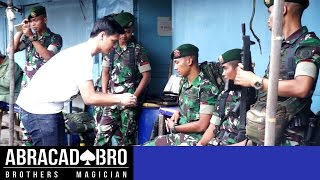 Video Magician Ask Soldiers To Fight - abracadaBRO DANGEROUS & BEST STREET MAGIC PRANK INDONESIA MP3, 3GP, MP4, WEBM, AVI, FLV Oktober 2018