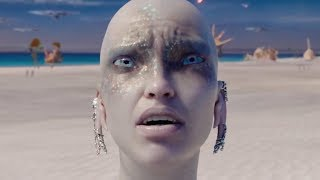 If you're new, Subscribe! → http://bit.ly/Subscribe-to-LooperThings are not looking good for Luc Besson's sci-fi epic Valerian and the City of a Thousand Planets. The expensive film was obliterated at the domestic box office in its opening weekend, falling in fifth place with only $17 million against a reported $180 million production budget. Considering the weight Besson's name carries with sci-fi fans, many may be surprised to hear that his most recent outing had that much trouble finding an audience. However, there were actually quite a few warning signs that Valerian would fail. Here are the real reasons why Valerian was an intergalactic disappointment at the box office…Little-known source material  0:36Story confusion  1:16Ho-hum reviews  2:11Up-and-coming actors  2:50 Stiff competition  3:20Creative salvation?  4:12Read more here → http://www.looper.com/76758/real-reason-valerian-flopped-box-office/Film and TV Theorieshttps://www.youtube.com/playlist?list=PLOzaghBOlEsf1EjjXEqYZ3cr1Va9eP68j12 Film Theories That Change Everythinghttps://www.youtube.com/watch?v=zpwRA9KQnWU&list=PLOzaghBOlEsf1EjjXEqYZ3cr1Va9eP68j&index=187 Marvel Characters Who Won't Survive Phase 3https://www.youtube.com/watch?v=txeT2Do6kl8&list=PLOzaghBOlEsf1EjjXEqYZ3cr1Va9eP68j&index=125 More Film Theories That Change Everythinghttps://www.youtube.com/watch?v=3RbPCCSbxXM&list=PLOzaghBOlEsf1EjjXEqYZ3cr1Va9eP68j&index=17How The Walking Dead Could Endhttps://www.youtube.com/watch?v=sYixr55HA10&list=PLOzaghBOlEsf1EjjXEqYZ3cr1Va9eP68j&index=135 Fan Theories That Totally Change TV Showshttps://www.youtube.com/watch?v=qP4SaMgBFYo&list=PLOzaghBOlEsf1EjjXEqYZ3cr1Va9eP68j&index=25 Movies That Strangely Predicted Real-Life Deathshttps://www.youtube.com/watch?v=wuAacTFzL00&list=PLOzaghBOlEsf1EjjXEqYZ3cr1Va9eP68j&index=10Website → http://www.looper.com/Like us → https://facebook.com/loopermoviestv/Follow us → https://twitter.com/looperInstagram → https://instagram.com/looperhq/Looper is the go-to source for the movies, TV shows and video games we all love. We're addicted to all things superhero and Star Wars, but we're not afraid to binge watch some reality TV when the mood strikes. Whether it's revealing Easter eggs and secrets hidden in your favorite films, exposing movie mistakes, highlighting the best deleted scenes, or uncovering the truth about reality TV's strangest stars, Looper has endless entertainment for the discerning YouTube viewer.