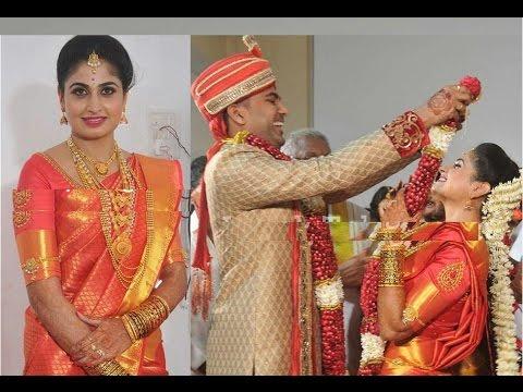 Video TV Serial Actress Ashta Chamma Chaitra Rai Engagement Exclusive video download in MP3, 3GP, MP4, WEBM, AVI, FLV January 2017