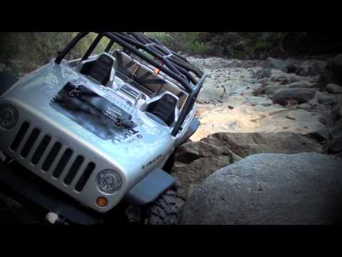 BenderCustoms - Axial SCX10 Jeep Wrangler Unlimited Rubicon out on the trails. Axial's latest release. Running Vanquish 1.9 wheels, 55t Axial motor, 3s Lipo, Castle BEC, Fut...