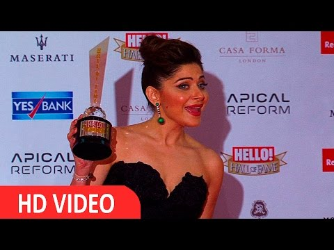 Kanika Kapoor At Red Carpet Of Hall Of Fame Awards