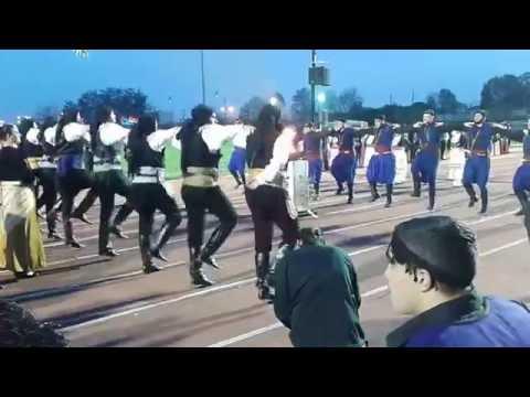 Συγκλονιστικό βίντεο: Κρητικοί και Πόντιοι χορεύουν αντικριστά
