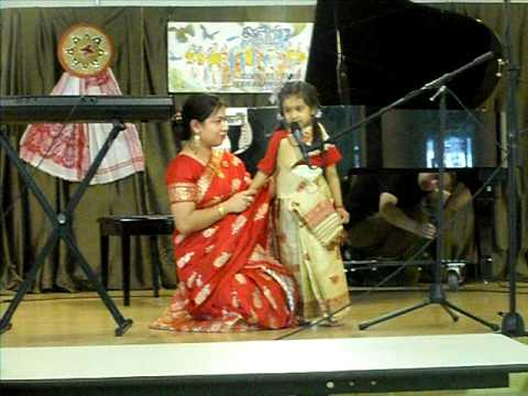 Video Kabita singing Assamese songs in Bay area Bihu 2011 download in MP3, 3GP, MP4, WEBM, AVI, FLV January 2017