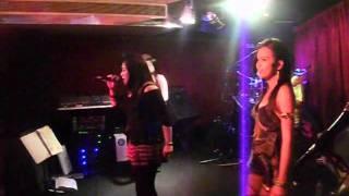 Jerrilee's  ILovethewayYouLie!!! HD Band (York International Hotel DUBAI)