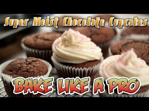 SUPER MOIST Chocolate Cupcakes Recipe