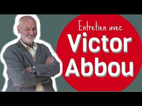 Vendredi 08 - 18H (2h) - Auditorium - Public Adulte / Témoignage de Victor Abbou, Figure majeure de la communauté sourde en France, auteur d'Une clé sur le monde (Eyes Editions, 2017). En présence de deux interprètes en langue des signes et de Virginie Cronier, élue à la Ville de Caen.