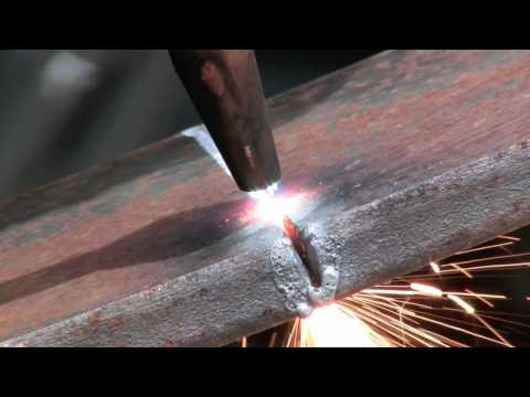 torch - how to cut metal with an oxygen and acetylene torch. This is just a basic overview of how to use an acetylene torch to cut metal. cutting 1/2 inch steel with...