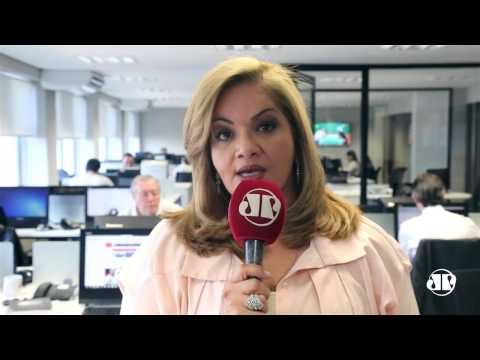 Produção industrial brasileira continua em queda / Denise C Toledo / Jovem Pan