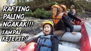 Download Video RAFTING DI MALANG, LEHER NYANGKUT. wkwkwk MP3 3GP MP4