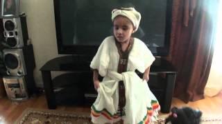 Ethiopian Girl Dances Ethiopian Eskista (Iskista)
