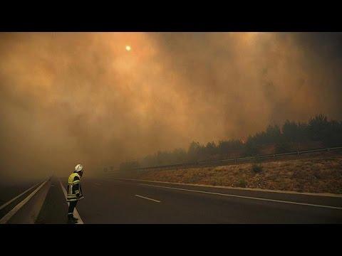 Σοβαρά προβλήματα λόγω πυρκαγιών στη νότια Γαλλία και τα Κανάρια Νησιά