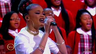 Download Lagu Common, Andra Day Perform 'Stand Up For Something,' 'Rise Up' With Cardinal Shehan School Choir Mp3