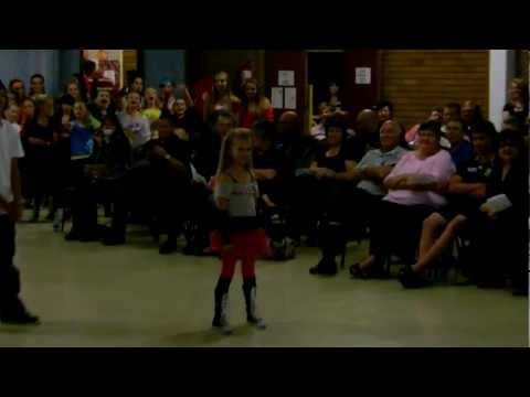 Video Andale De Jager FINAL dance off HH Exams Oct 2011.MOV download in MP3, 3GP, MP4, WEBM, AVI, FLV January 2017