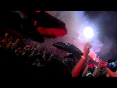 ENTRADA DE LA BARRA ESPECTACULARRRR - NEWELLS - VELESH - La Hinchada Más Popular - Newell's Old Boys