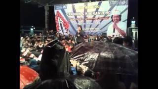 Mengapa Iblis tidak berdaya di Indonesia, simak uraian Cak Nun di sini.........