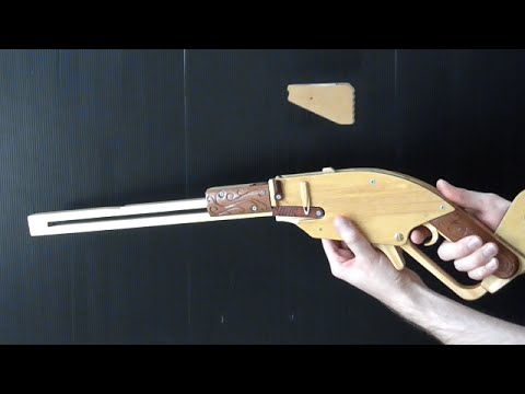 This rubber band gun ejects clips like the M1 Garand